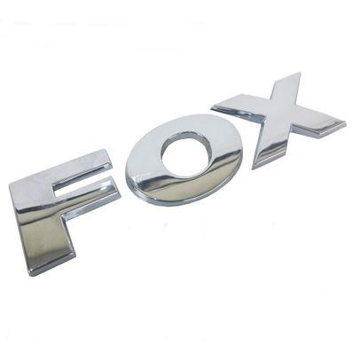 5Z0853687G739-emblema-fox-cromado-original-mala-01